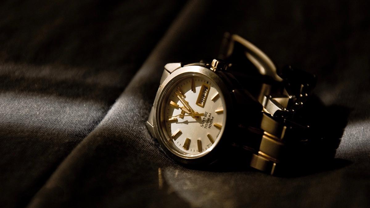 Zegarek narękę – jak wybrać idealny model?